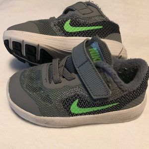 Nike toddler shoes, gently worn